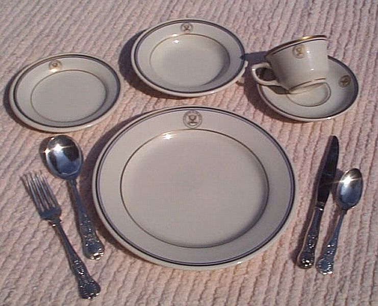 department of navy 9 piece dinnerware set