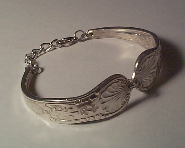 anchor bracelet made from US Navy Silverplated Spoon